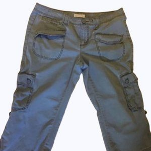 Tommy Hilfiger Tommy Jeans Cargo Capris Roll Cuffs